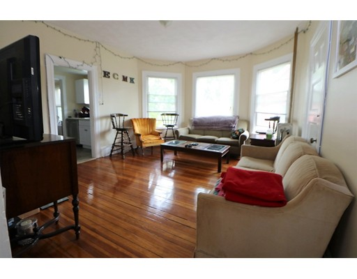 Additional photo for property listing at 558 Riverside Avenue  Medford, Massachusetts 02155 United States
