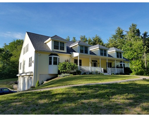 Single Family Home for Sale at 10 Gill Road Derry, New Hampshire 03038 United States