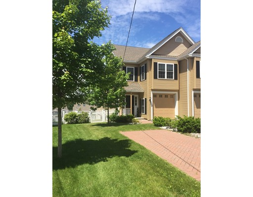 Single Family Home for Rent at 11 Dale Street Needham, 02494 United States