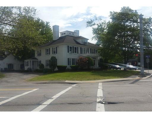Comercial por un Venta en 24 Pleasant Street Tewksbury, Massachusetts 01876 Estados Unidos