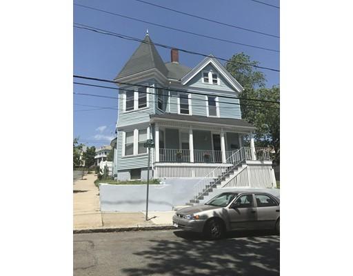 متعددة للعائلات الرئيسية للـ Sale في 134 Clark Avenue Chelsea, Massachusetts 02148 United States