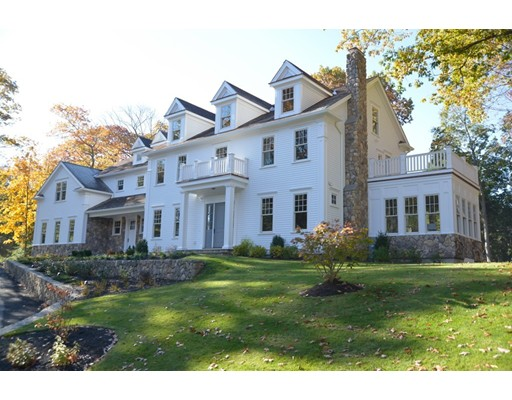 Casa Unifamiliar por un Venta en 67 Ledgeways 67 Ledgeways Wellesley, Massachusetts 02481 Estados Unidos
