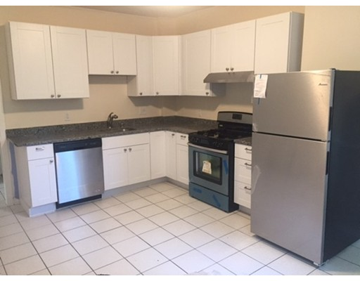 独户住宅 为 出租 在 25 Newton Street 波士顿, 马萨诸塞州 02135 美国