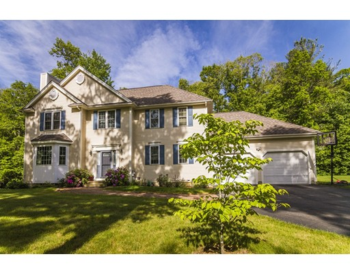 Single Family Home for Sale at 29 Tannery Road Sturbridge, Massachusetts 01518 United States