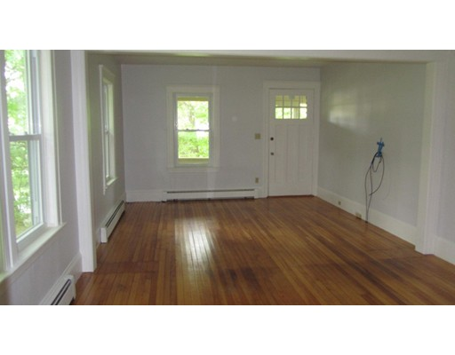 Additional photo for property listing at 203 Worcester Street  West Boylston, Massachusetts 01583 United States