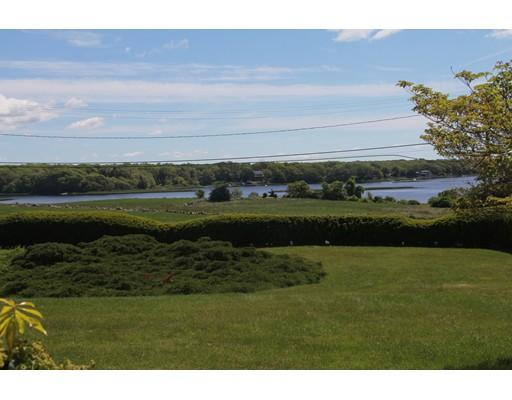 427 Horseneck Rd, Dartmouth, MA 02748
