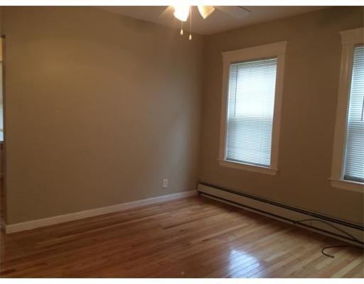 Additional photo for property listing at 311 Clifton Street  Malden, Massachusetts 02148 Estados Unidos