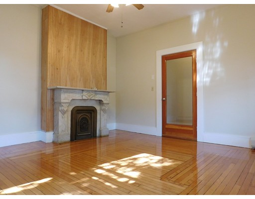 Additional photo for property listing at 10 King Street  Boston, Massachusetts 02122 Estados Unidos
