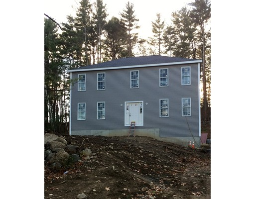 Single Family Home for Sale at 76 Russell Street Peabody, Massachusetts 01960 United States