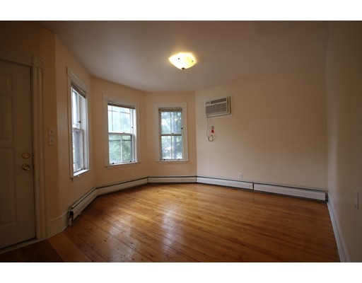 Additional photo for property listing at 731 Somerville Avenue  Somerville, Massachusetts 02143 United States
