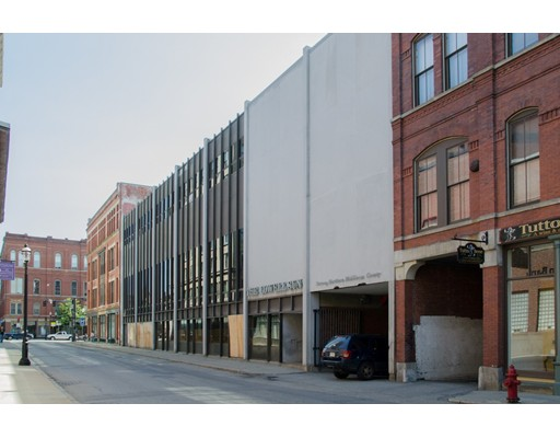 شقة بعمارة للـ Sale في 36 Prescott Lowell, Massachusetts 01852 United States