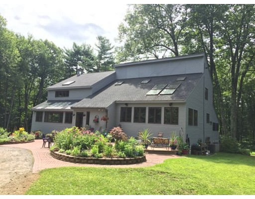 Single Family Home for Sale at 67 Chace Hill Road 67 Chace Hill Road Sterling, Massachusetts 01564 United States
