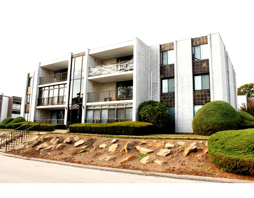 Additional photo for property listing at 30 Skyline Drive  Braintree, 马萨诸塞州 02184 美国