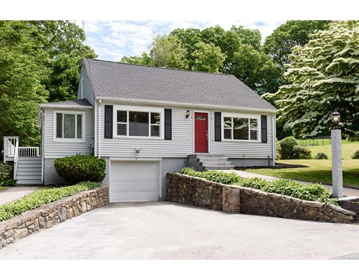 12 Brook Lane, Southborough, MA 01745