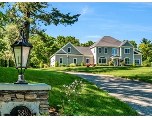 Maison unifamiliale pour l Vente à 38 Brook Street 38 Brook Street Raynham, Massachusetts 02767 États-Unis