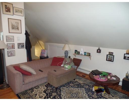 Additional photo for property listing at 11 Portina  Boston, Massachusetts 02135 Estados Unidos
