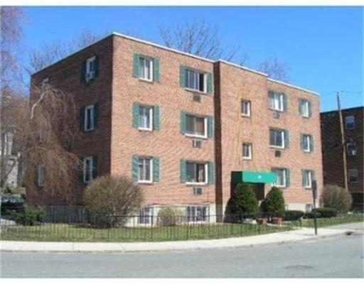 Additional photo for property listing at 71 Colborne Road  Boston, Massachusetts 02135 Estados Unidos