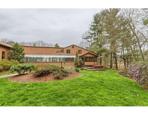 Maison unifamiliale pour l Vente à 29 Pine Ridge Road Stow, Massachusetts 01775 États-Unis