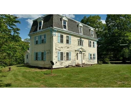 Maison unifamiliale pour l Vente à 295 Jacksonville Road Colrain, Massachusetts 01340 États-Unis