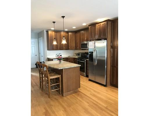 Casa Unifamiliar por un Alquiler en 60 Sullivan Street Boston, Massachusetts 02129 Estados Unidos