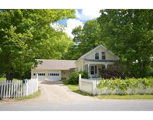 Single Family Home for Sale at 135 Summer Street Amherst, Massachusetts 01002 United States