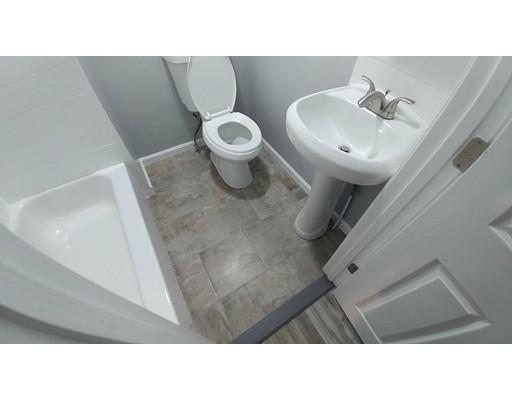独户住宅 为 出租 在 871 Manton Avenue 普罗维登斯, 罗得岛 02909 美国