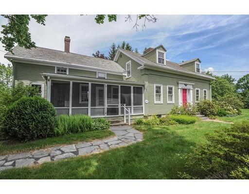 واحد منزل الأسرة للـ Sale في 180 Montague Road Amherst, Massachusetts 01002 United States
