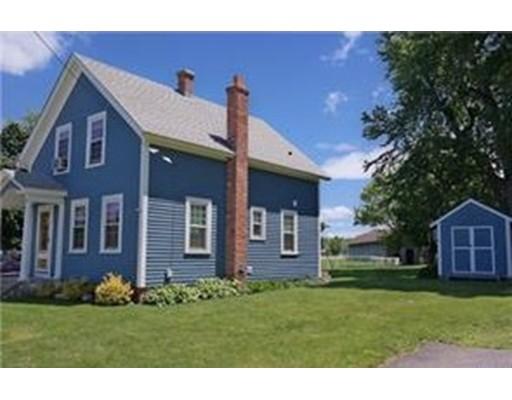 Casa Unifamiliar por un Venta en 111 Maple Street Somers, Connecticut 06071 Estados Unidos