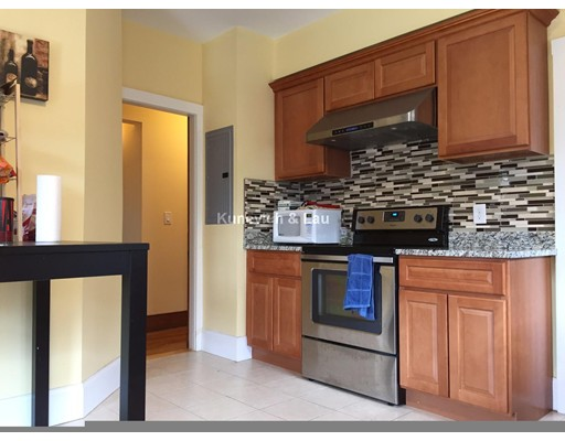 独户住宅 为 出租 在 74 Moraine Street 波士顿, 马萨诸塞州 02130 美国