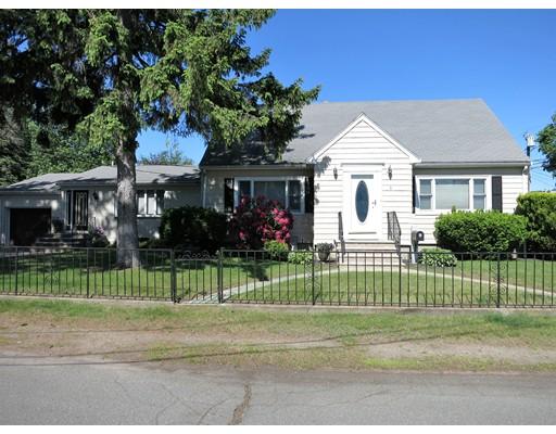独户住宅 为 出租 在 1 Dustin Street Saugus, 01906 美国