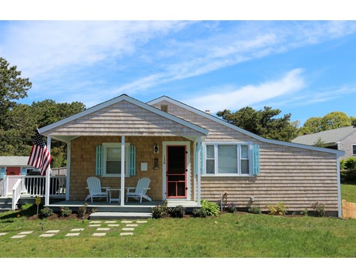Single Family Home for Sale at 130 Soundview Chatham, Massachusetts 02659 United States