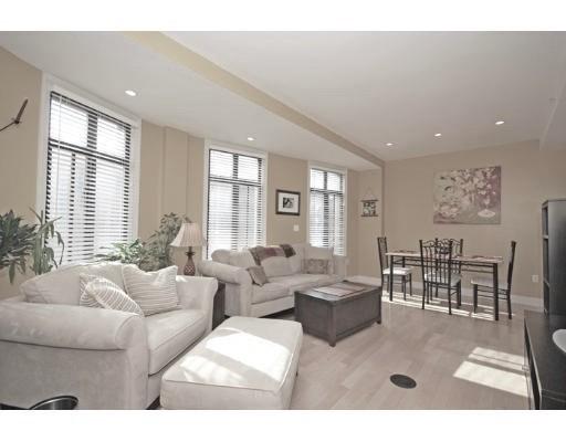 Casa Unifamiliar por un Alquiler en 424 Massachusetts Avenue Boston, Massachusetts 02118 Estados Unidos