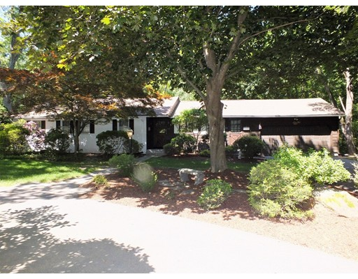 Single Family Home for Sale at 64 Deepwoods Drive Longmeadow, Massachusetts 01106 United States