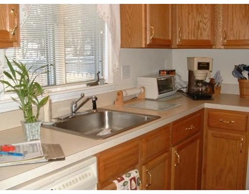 Casa Unifamiliar por un Alquiler en 101 Fiske Street Waltham, Massachusetts 02451 Estados Unidos