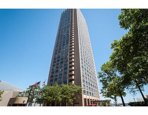 共管式独立产权公寓 为 销售 在 85 East India Row 波士顿, 马萨诸塞州 02110 美国