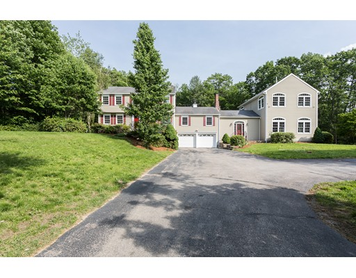 独户住宅 为 销售 在 30 Bushy Lane Rutland, 马萨诸塞州 01543 美国