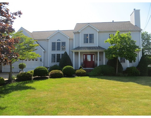 273  Olympic Rd,  Somerset, MA
