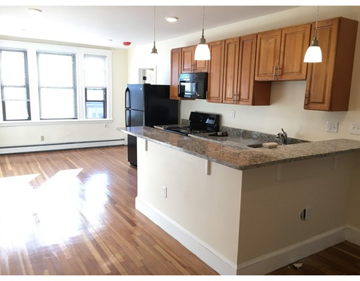Additional photo for property listing at 379 Broadway  Somerville, Massachusetts 02145 United States