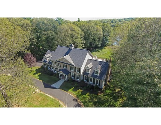 واحد منزل الأسرة للـ Sale في 6 Shady Lane Douglas, Massachusetts 01516 United States
