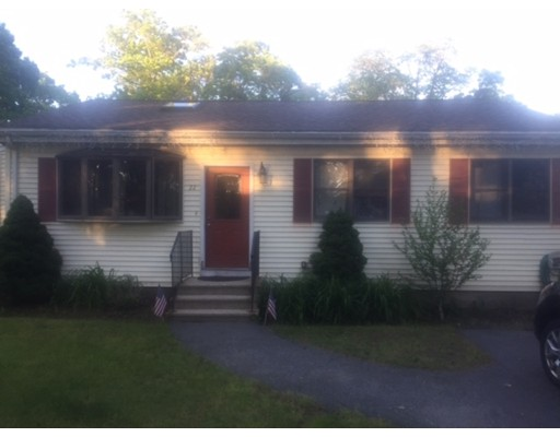 Casa Unifamiliar por un Venta en 22 Hilldale Avenue Middleton, Massachusetts 01949 Estados Unidos