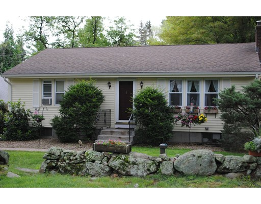 Single Family Home for Sale at 22 Old Grafton Road Upton, Massachusetts 01568 United States