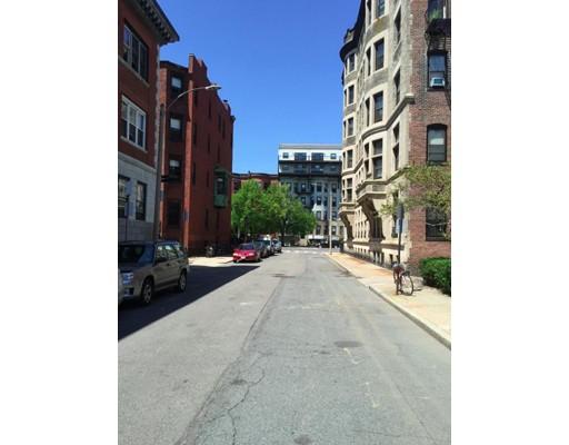 独户住宅 为 出租 在 11 Aberdeen Street 波士顿, 马萨诸塞州 02215 美国