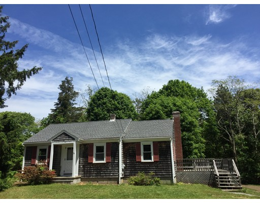 独户住宅 为 销售 在 16 Winslow Road 法尔茅斯, 马萨诸塞州 02556 美国
