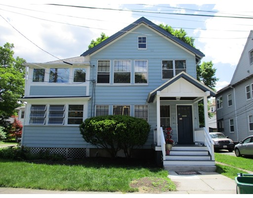 Casa Unifamiliar por un Alquiler en 2 Nottingham Street Newton, Massachusetts 02459 Estados Unidos
