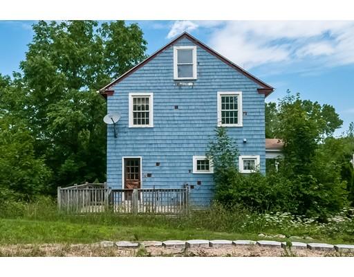 واحد منزل الأسرة للـ Sale في 106 Summer Street Barre, Massachusetts 01005 United States