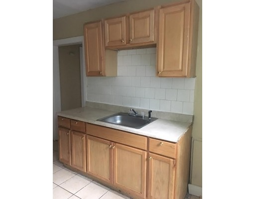 Additional photo for property listing at 107 Kensington Avenue  Springfield, Massachusetts 01108 United States