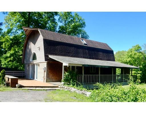 独户住宅 为 销售 在 64 Jerome Street Berkley, 马萨诸塞州 02779 美国