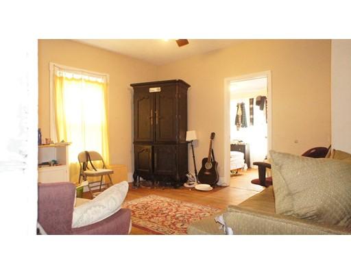 独户住宅 为 出租 在 43 Pratt Street 波士顿, 马萨诸塞州 02134 美国