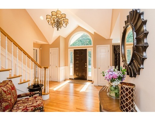 Casa Unifamiliar por un Venta en 26 Coppermine Road Topsfield, Massachusetts 01983 Estados Unidos