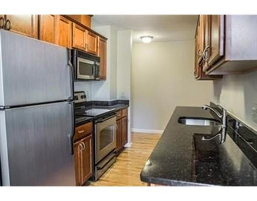 Additional photo for property listing at 20 Daniels Street  莫尔登, 马萨诸塞州 02148 美国